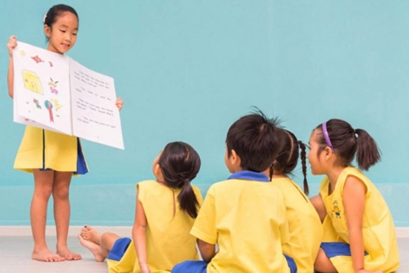 Học sinh tiểu học chỉ cần học tiếng Anh giao tiếp là đủ?