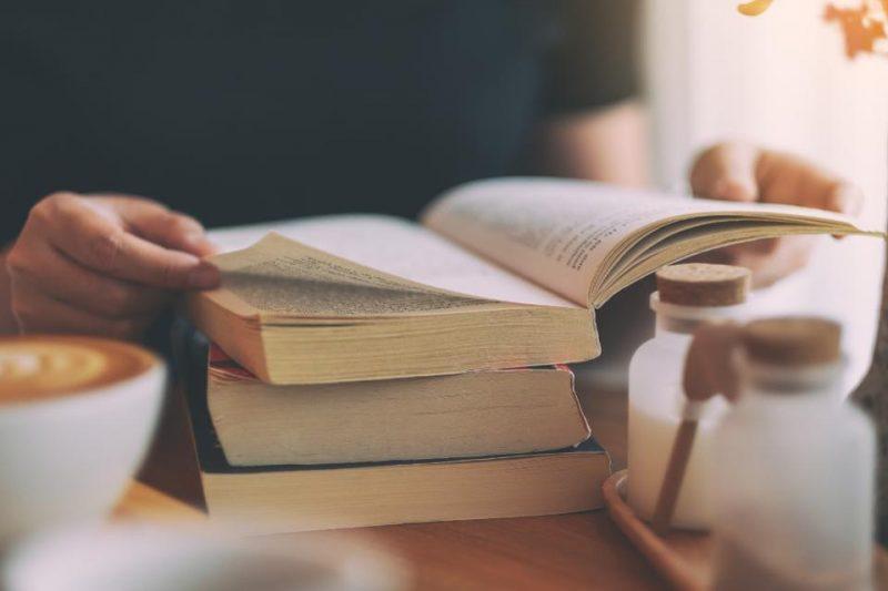 Đọc tiếng Anh có khó không? Cải thiện kỹ năng đọc của bạn với 8 bước dễ dàng sau. (Phần 1)