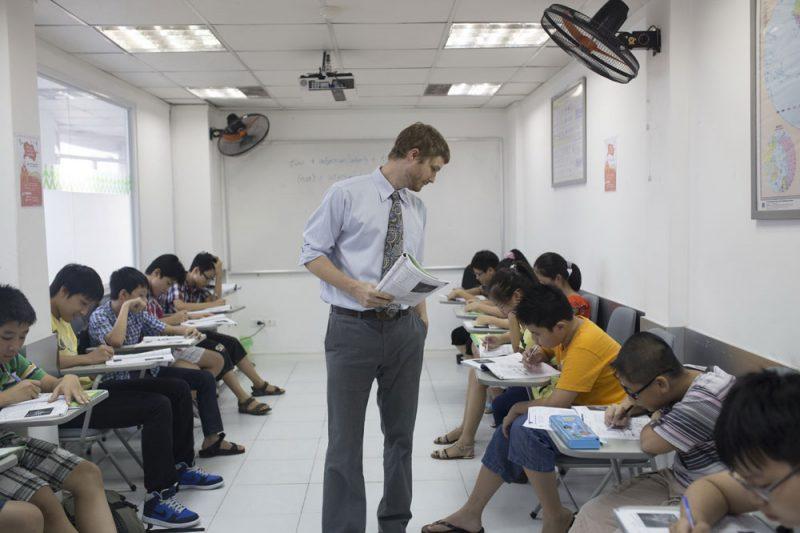 Từ kết quả thi tiếng Anh kì thi THPT Quốc gia nhìn lại cách học Tiếng Anh hiệu quả cho học sinh phổ thông