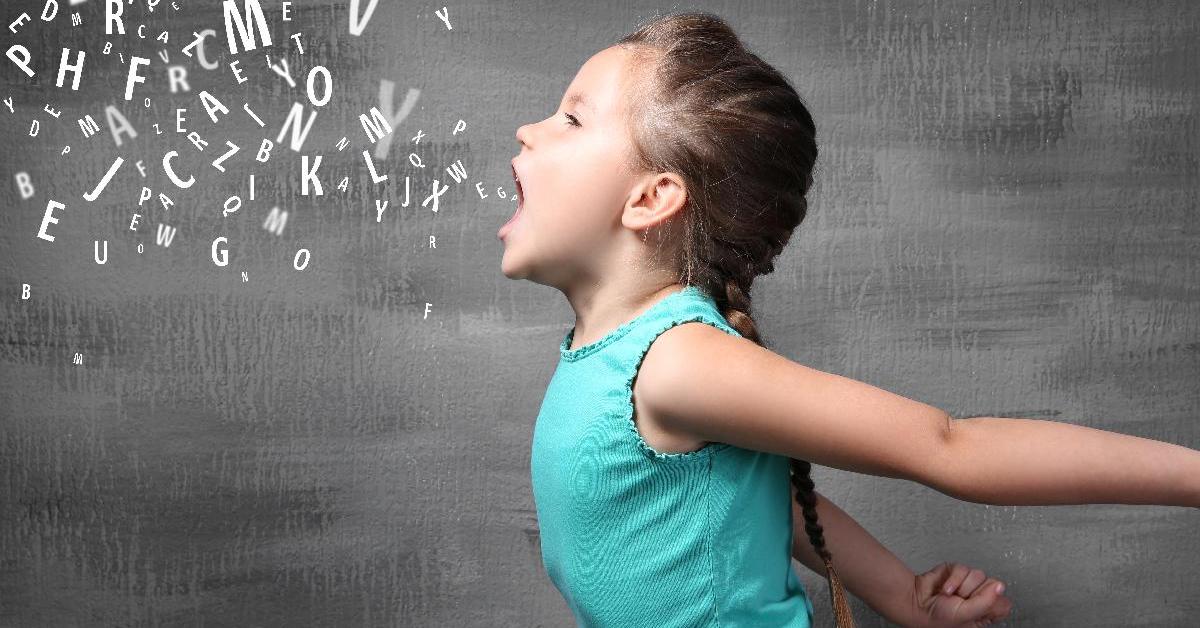 Dạy trẻ đọc thật to bảng chữ cái tiếng Anh