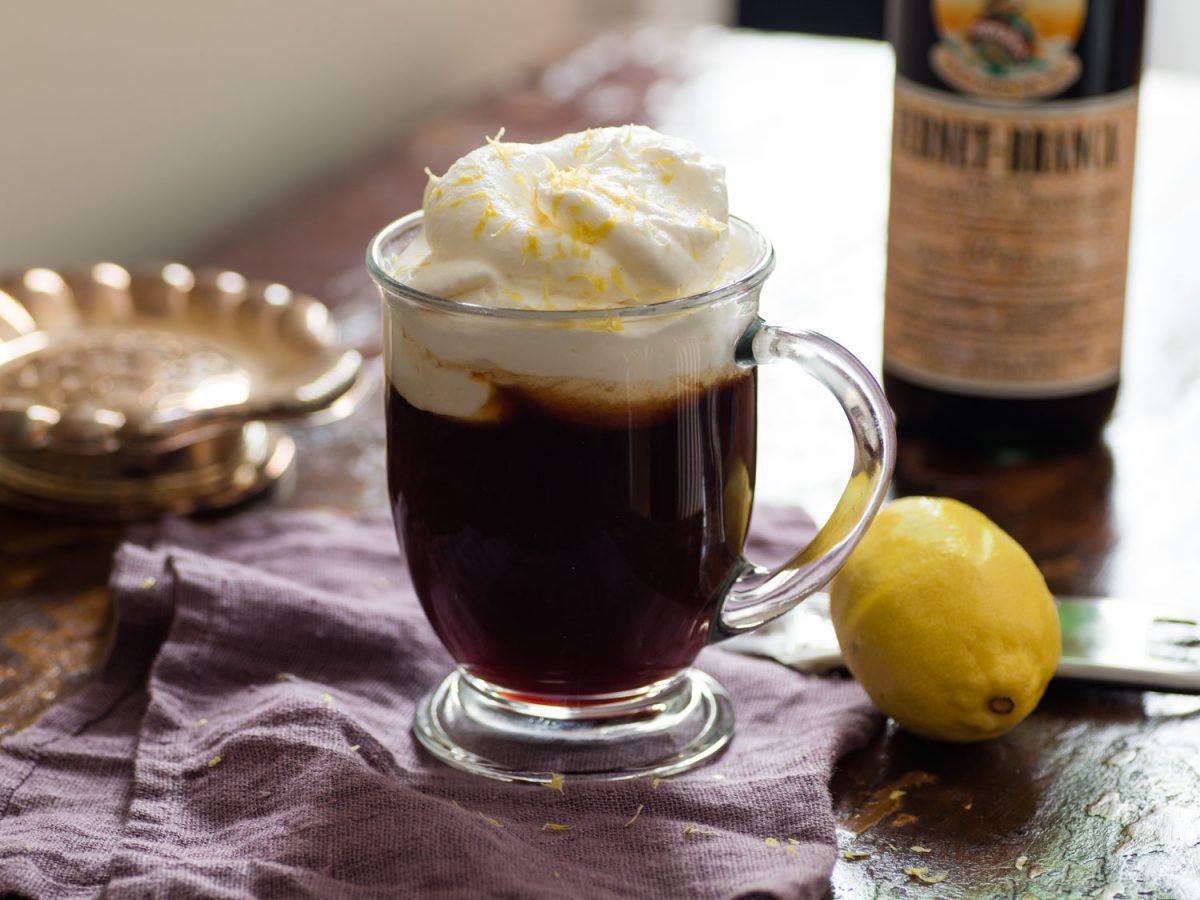 một tách cà phê Irish