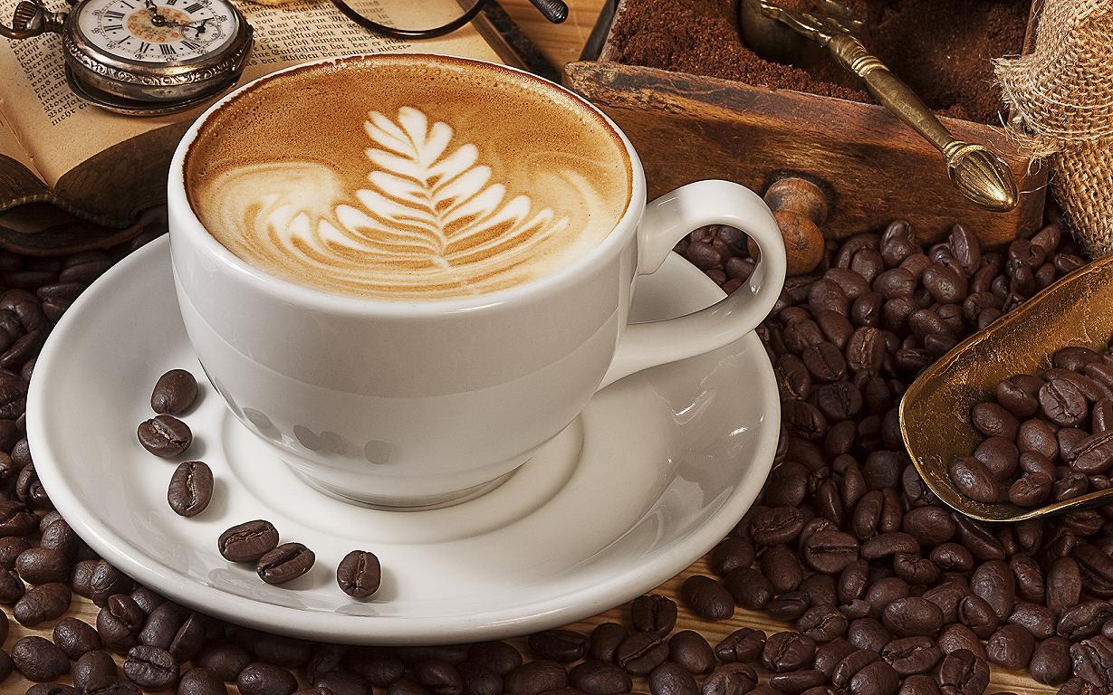 một tách cà phê cappucino
