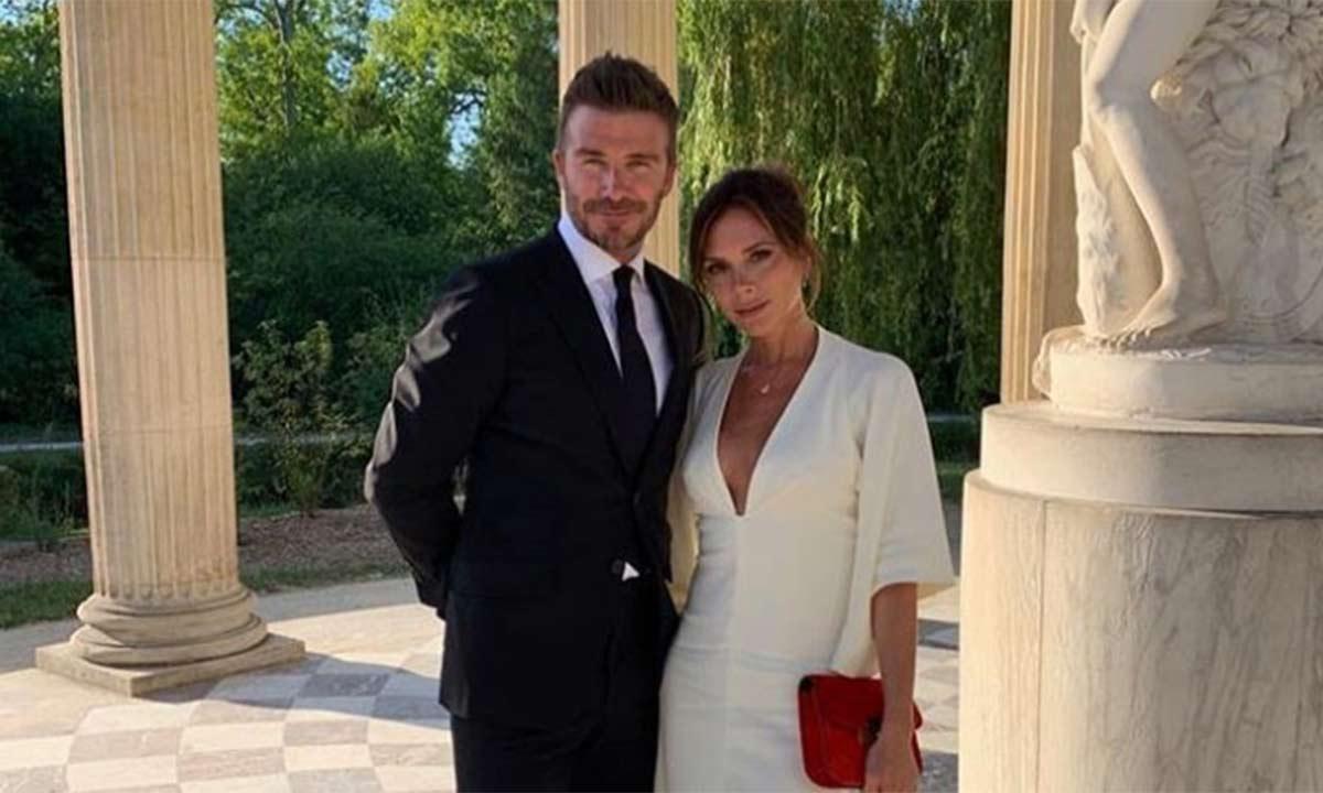 David Beckham và Victoria Beckham trong căn biệt thự mới của họ - hình ảnh minh họa từ vựng tiếng ANh về các mối quan hệ