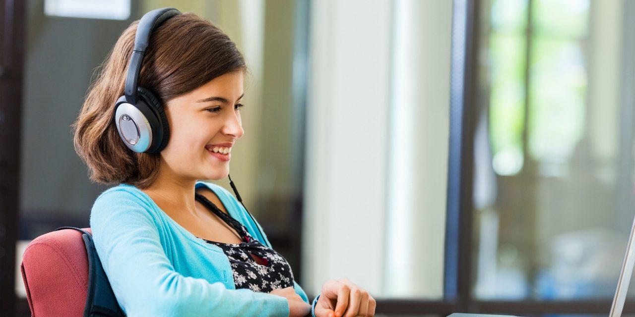 Thực hành kỹ năng nghe cơ bản với giáo trình Basic Tactics for Listening