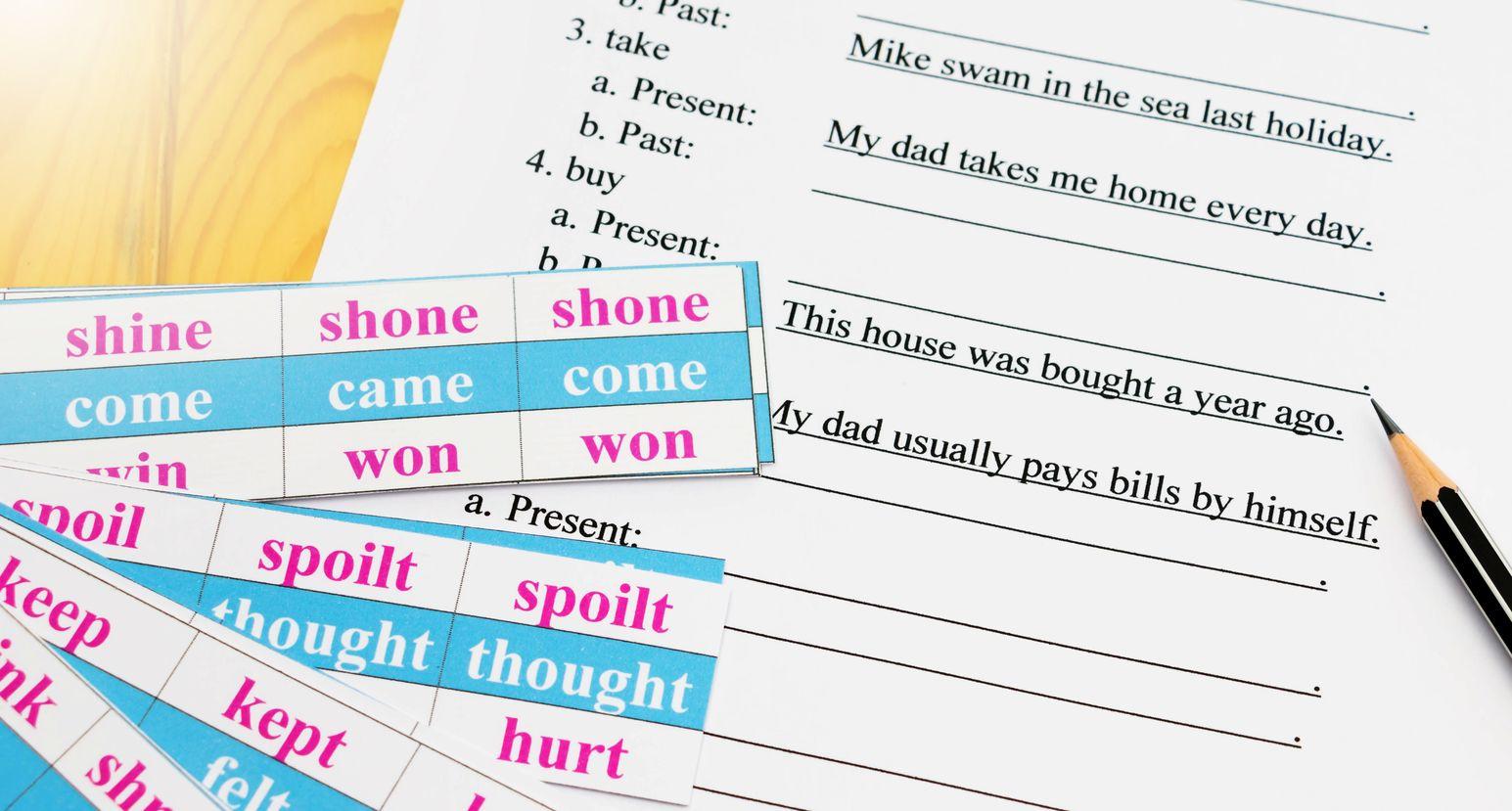 Hiện tại phân từ và quá khứ phân từ - điểm mới trong chương trình cấu trúc ngữ pháp tiếng Anh lớp 8