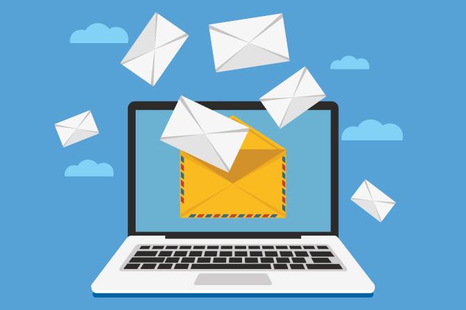 Nếu như ngày xưa người ta dùng phương thức chuyển thư bằng tay để trao đổi thông tin thì ngày nay có quá nhiều lựa chọn khác để bạn trao đổi thông tin cho nhau. Bạn có thể gọi điện, gửi tin nhắn sms, gửi tin nhắn facebook, viber, zalo... (dịch vụ OTT) hoàn toàn miễn phí và rất nhanh chóng. Thế nhưng Email là thứ rất quan trọng cho việc trao đổi thông tin trong công việc.