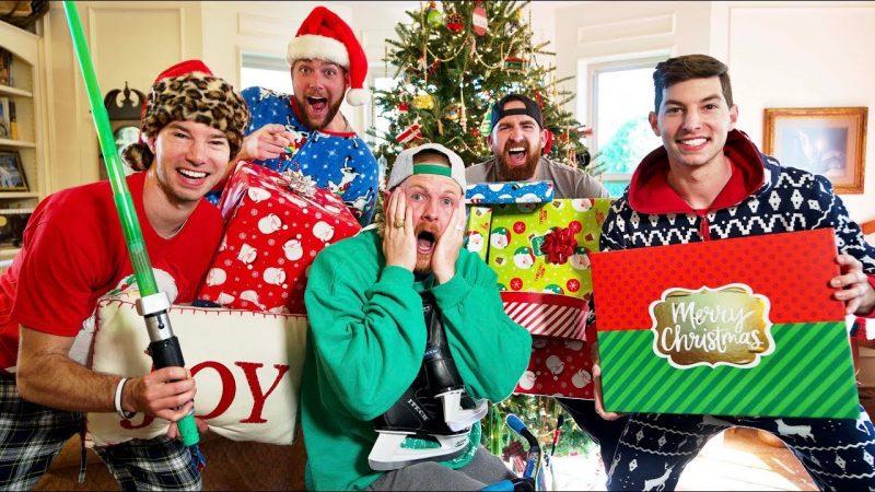 """""""Hướng dẫn viết bài luận tiếng Anh về Noel"""" đã bị khóa Hướng dẫn viết bài luận tiếng Anh về Noel"""