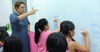 Các hoạt3 cách trải nghiệm hè của học viên Language Link Academic động tại câu lạc bộ như đồng ca, nhảy hiện đại, mỹ thuật sáng tạo... giúp học viên hiểu thêm về nhiều loại hình nghệ thuật, cũng như cải thiện kỹ năng xã hội, tăng sự tự tin. Thậm chí qua đó, các em có thể khám phá ra tiềm năng, đam mê của bản thân với các môn nghệ thuật.