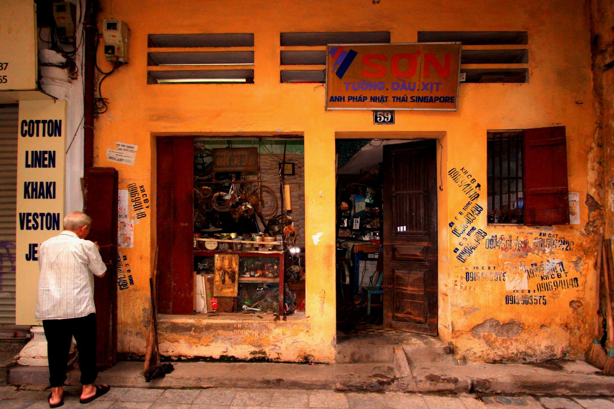 Hướng dẫn viết bài văn bằng tiếng Anh về Hà Nội