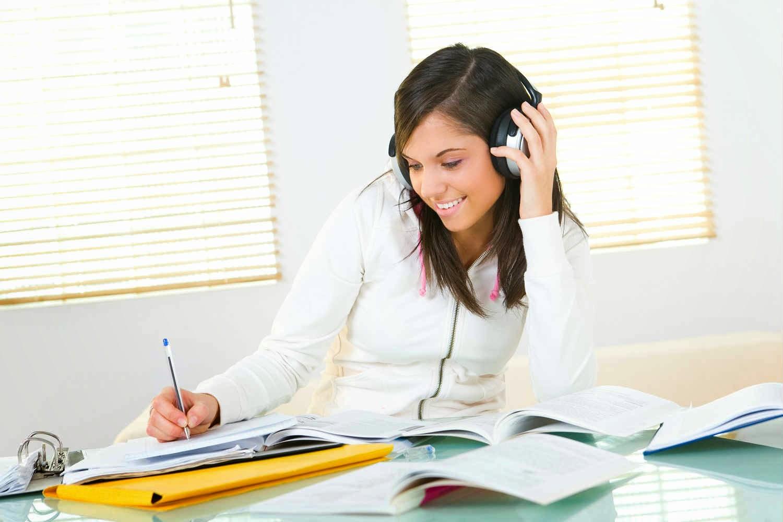 Cấu trúc đề thi IELTS phần thi Listening