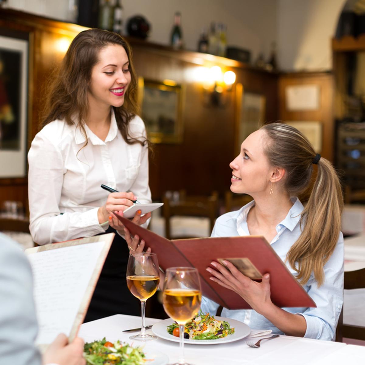Giao tiếp tiếng Anh tại nhà hàng3