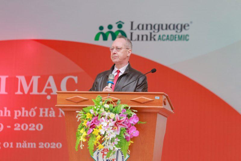 Ông-Gavan-Iacono-Tổng-GĐ-Language-Link-Việt-Nam