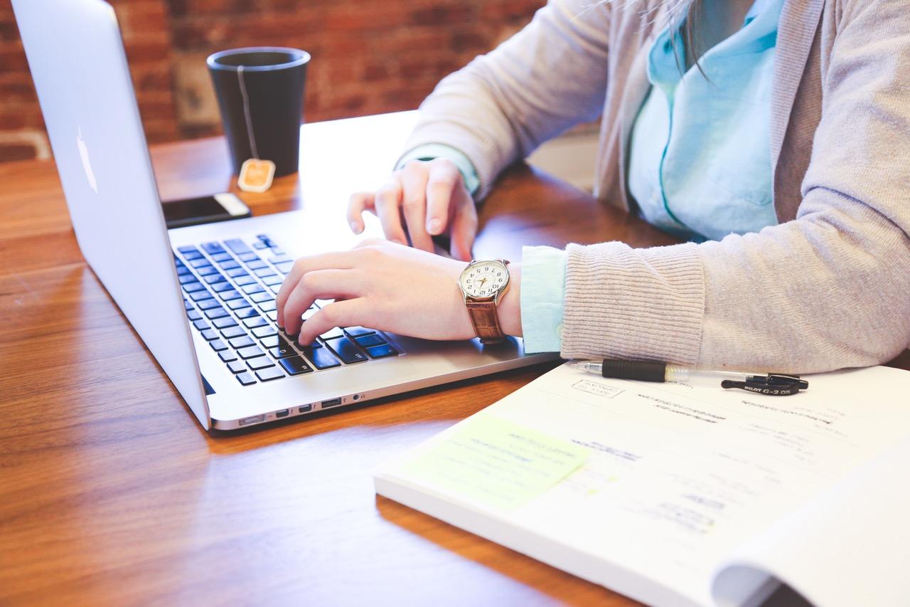Học online là phương pháp không còn xa lạ với nhiều người