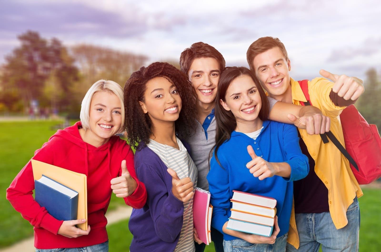 Thật khó để lựa chọn các cuốn sách học IELTS tốt cho beginners