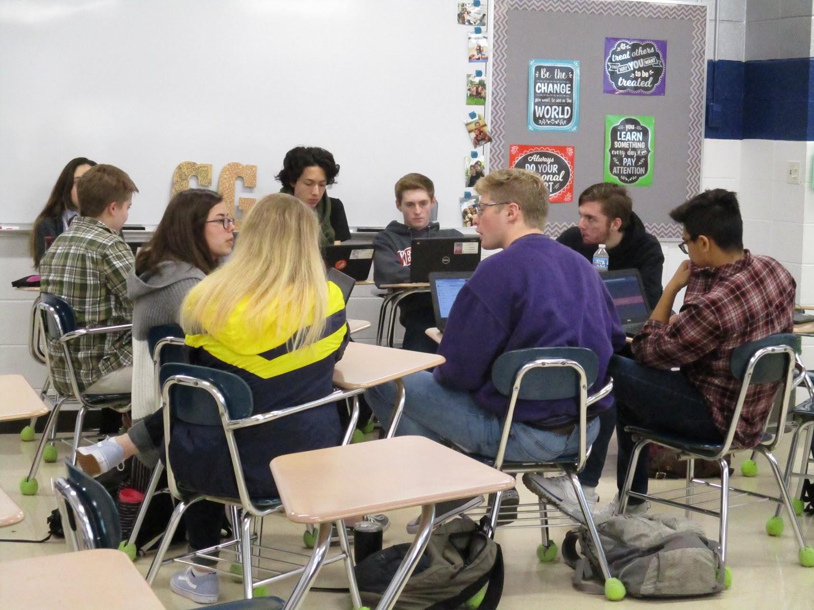 Số lượng học viên trong một lớp nên dao động từ 10 - 20