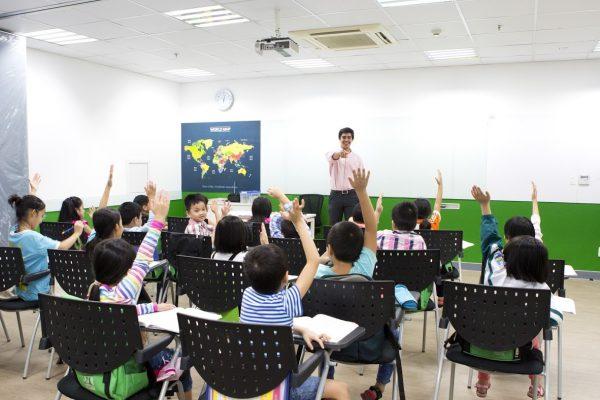 Một lớp học mẫu tại Language Link Academic