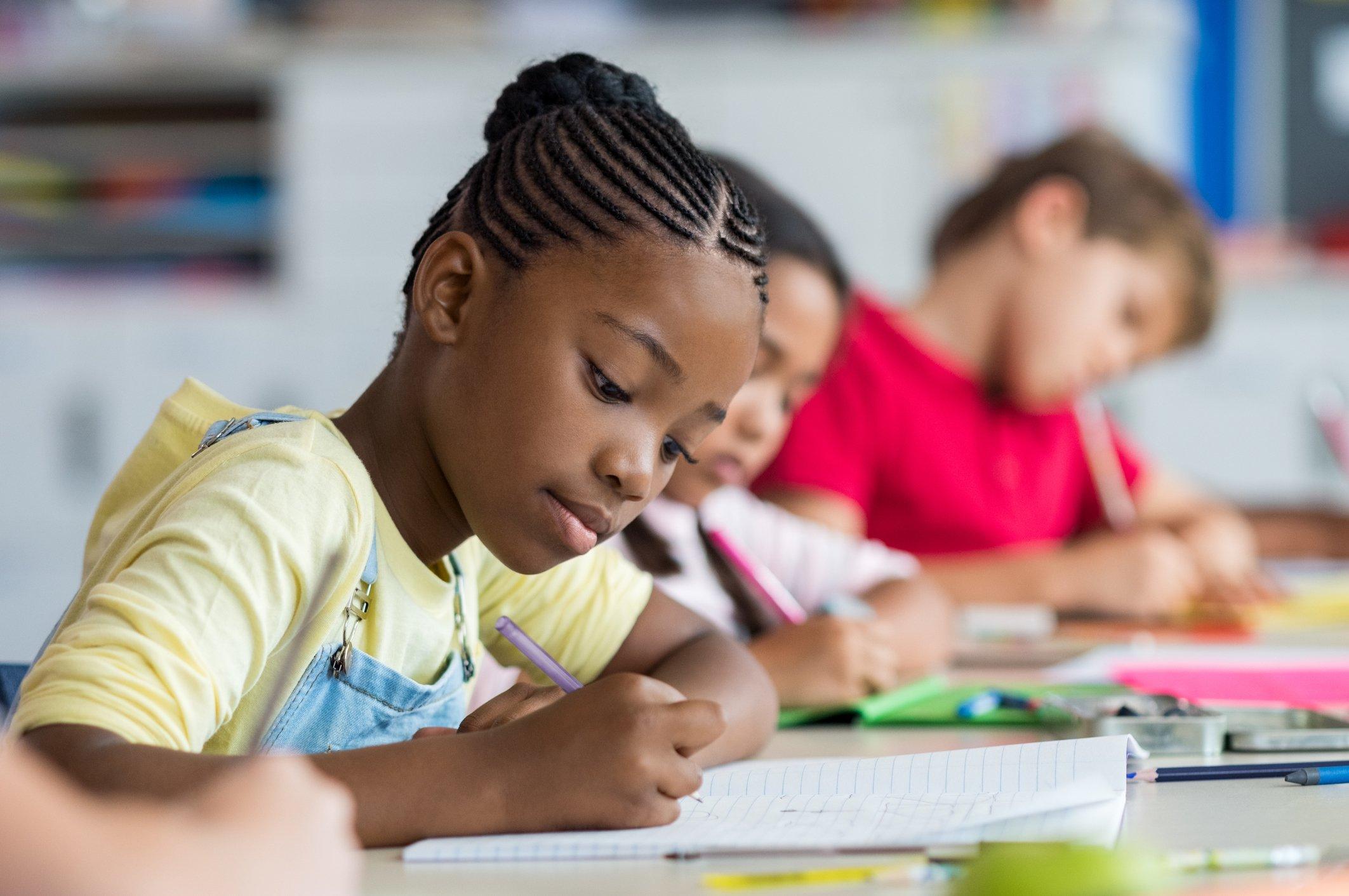 Phụ huynh có thể áp dụng một số phương pháp học tiếng Anh bằng hình ảnh cho trẻ