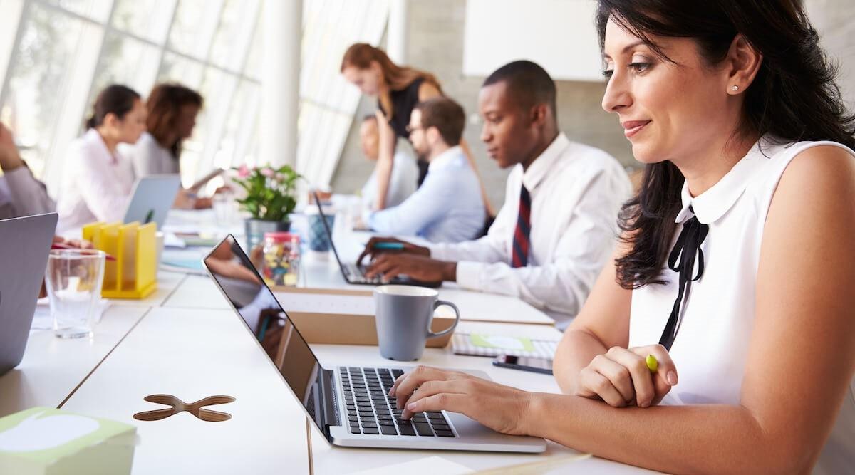 Các đối tượng học viên là người đi làm có thể xuất phát từ nhiều độ tuổi