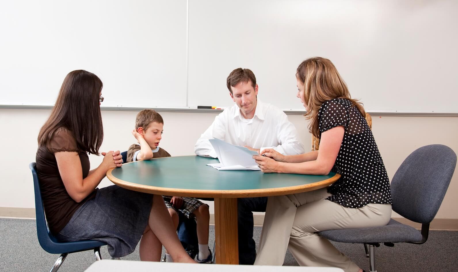 Cần có sự liên kết chặt chẽ giữa phụ huynh và trung tâm anh ngữ trong quá trình học tập của trẻ