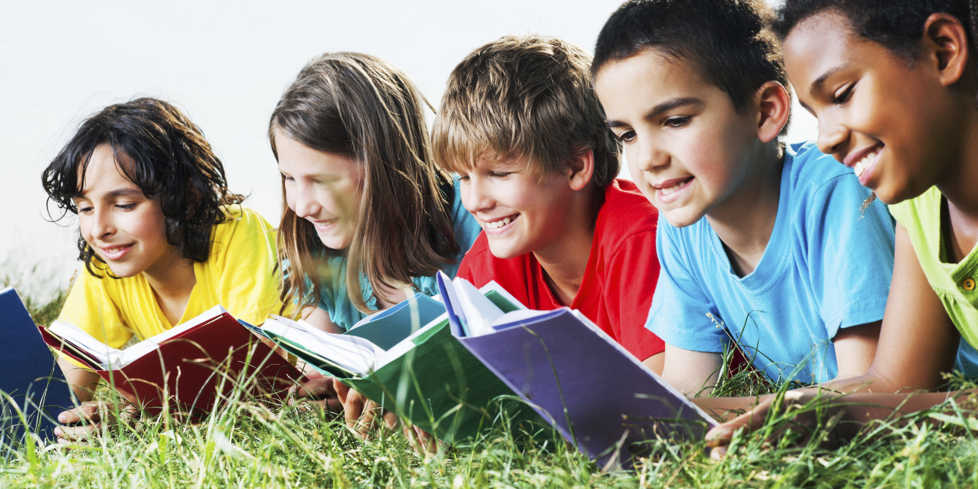 Không khó để tìm kiếm các cuốn sách học tiếng Anh cho trẻ ở độ tuổi mẫu giáo