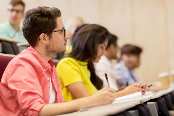 trung tâm tiếng Anh học thuật
