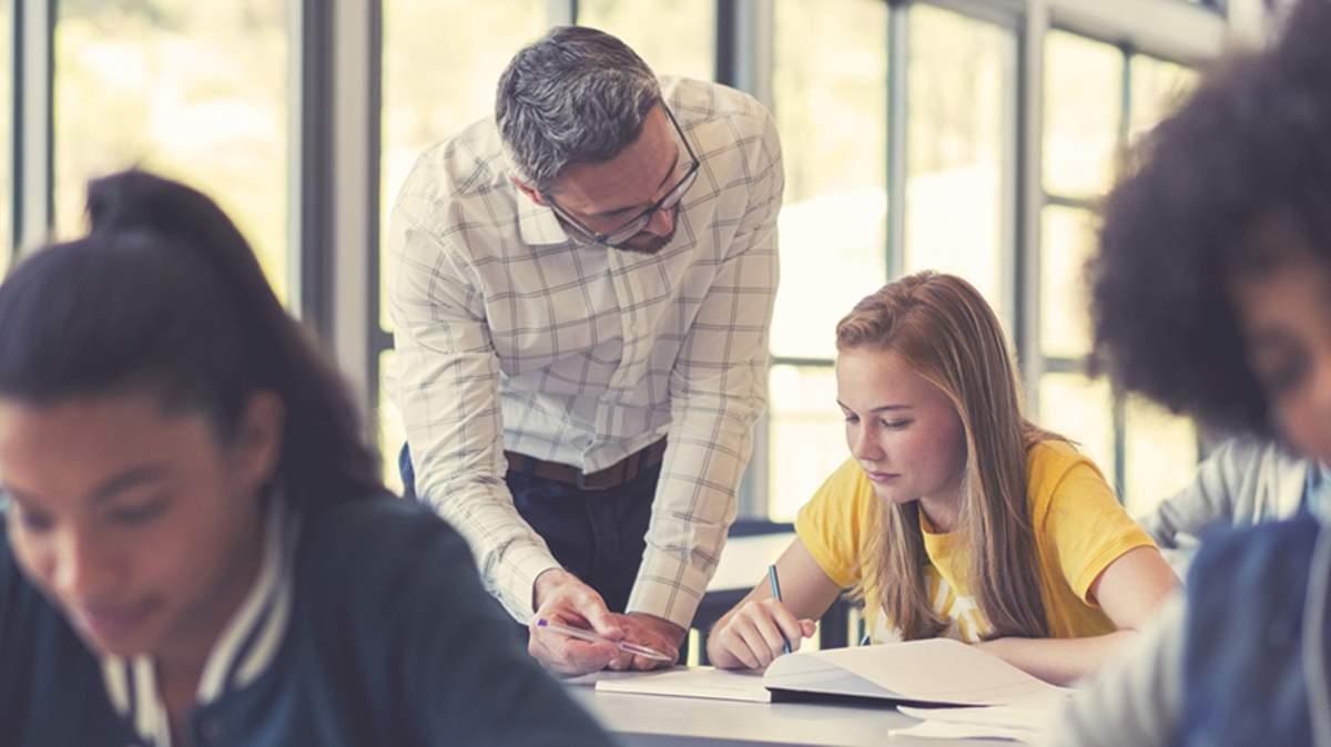 Giai đoạn luyện đề là giai đoạn quan trọng nhất trong quá trình học tiếng Anh THPT