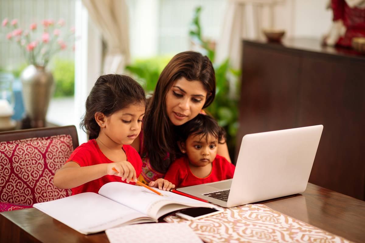 """Chương trình tiếng Anh tiểu học sẽ không còn là """"rào cản"""" của bé khi phụ huynh lựa chọn đúng phương pháp học cho trẻ"""