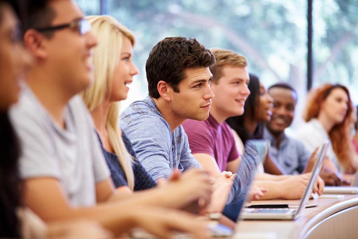 Các chương trình tiếng Anh toàn diện trực tuyến là lựa chọn hiệu quả và thuận tiện