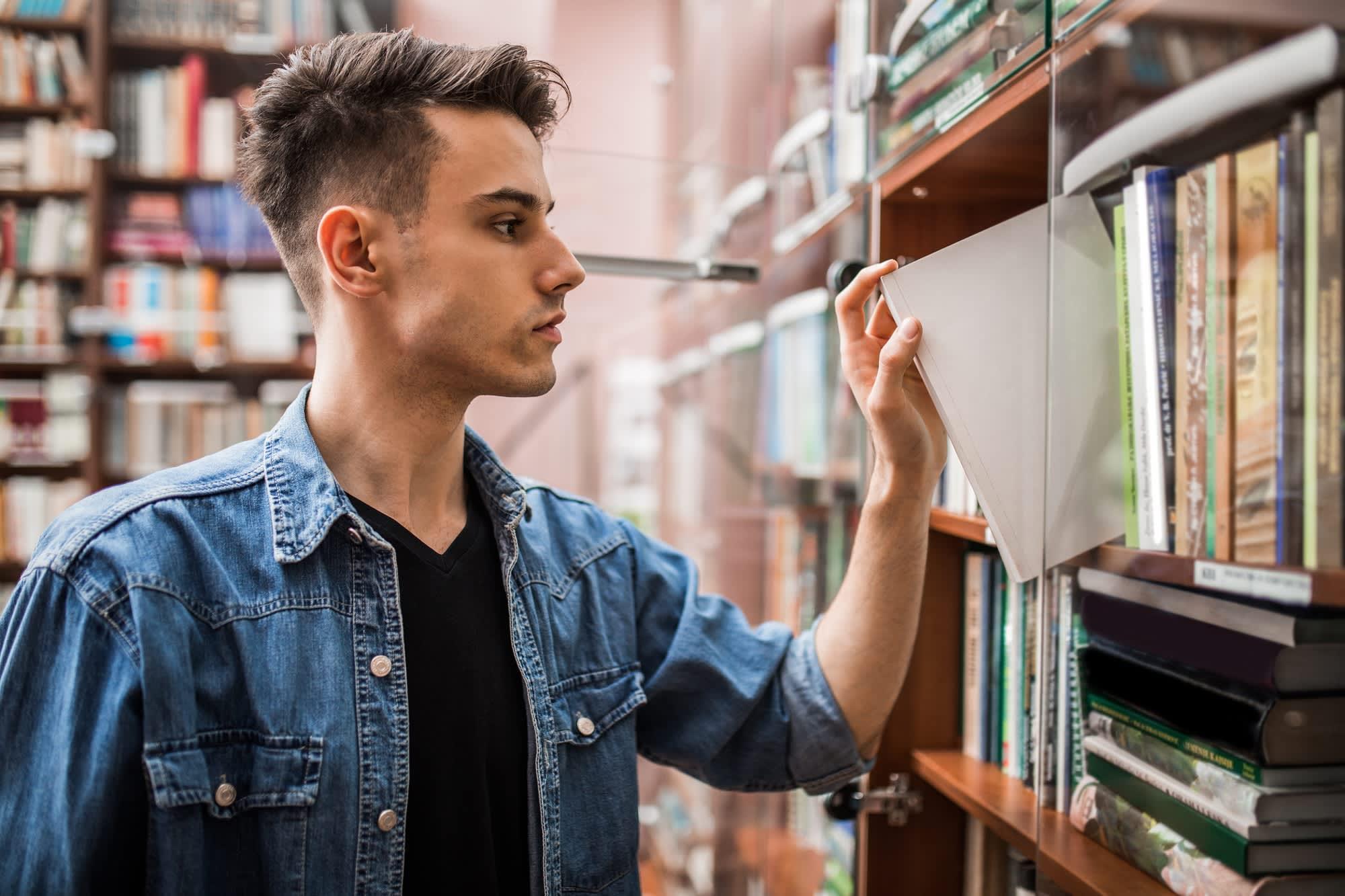 Cân nhắc mục tiêu hiện tại của bản thân để lựa chọn các tài liệu học tập phù hợp