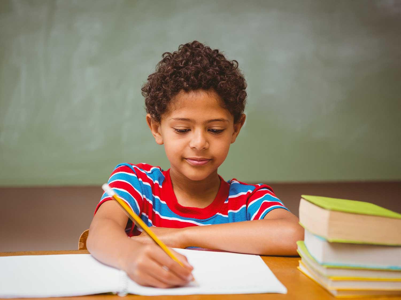 Trí tưởng tượng của trẻ có thể được khơi dậy và trở nên linh hoạt hơn nhờ các chương trình học tiếng Anh