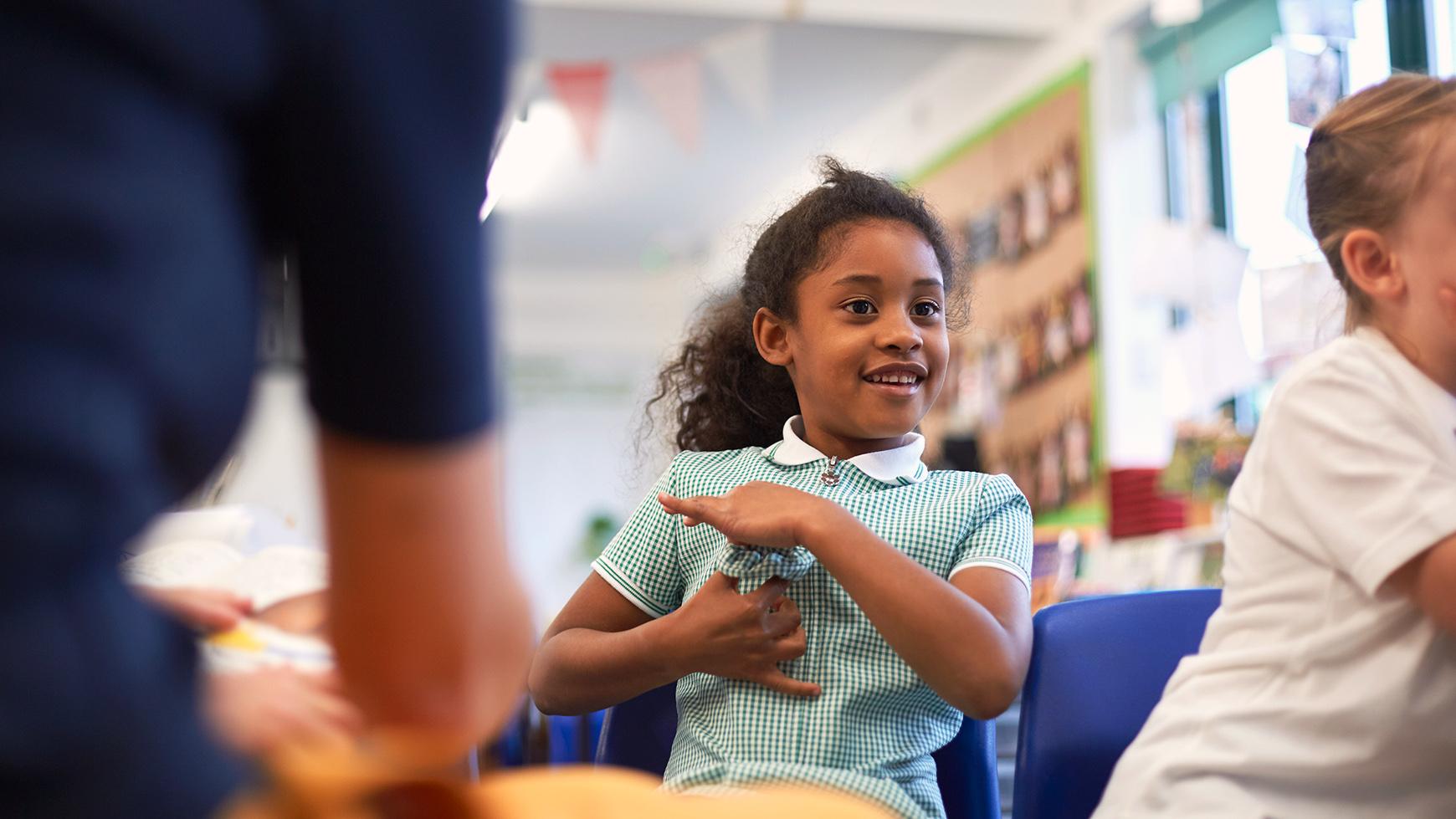 Trẻ em sẽ trở nên chủ động trong mọi hoạt động nhờ vào các chương trình học tiếng Anh