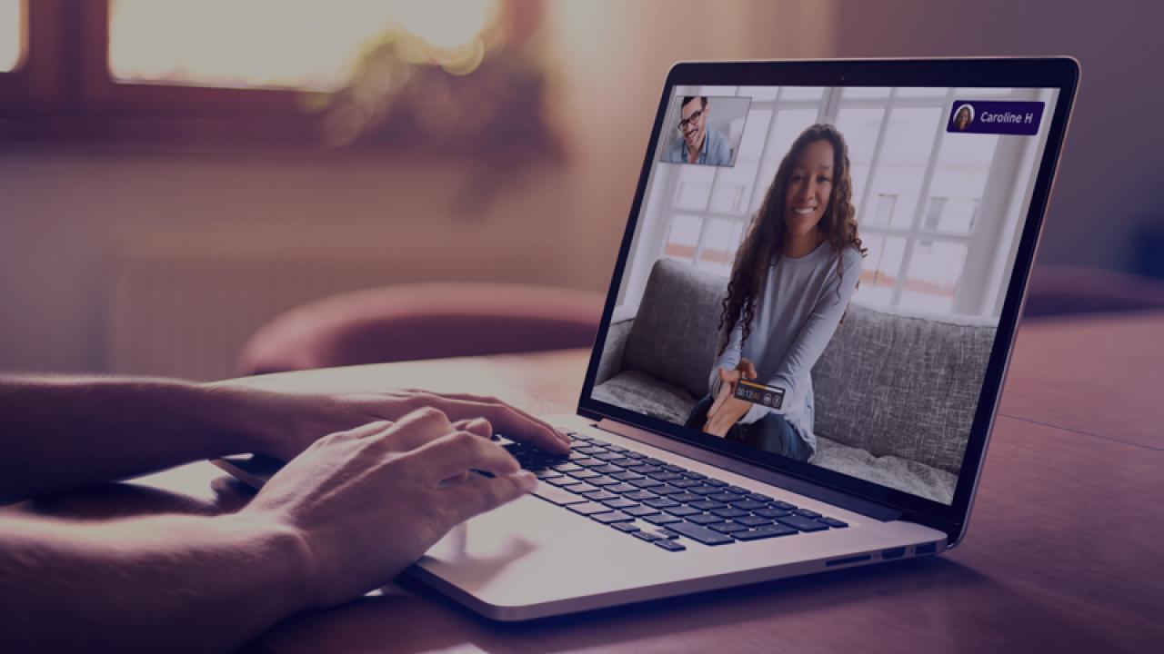 Bạn có thể dễ dàng tương tác và học tập trên trang web EnglishScore Tutor