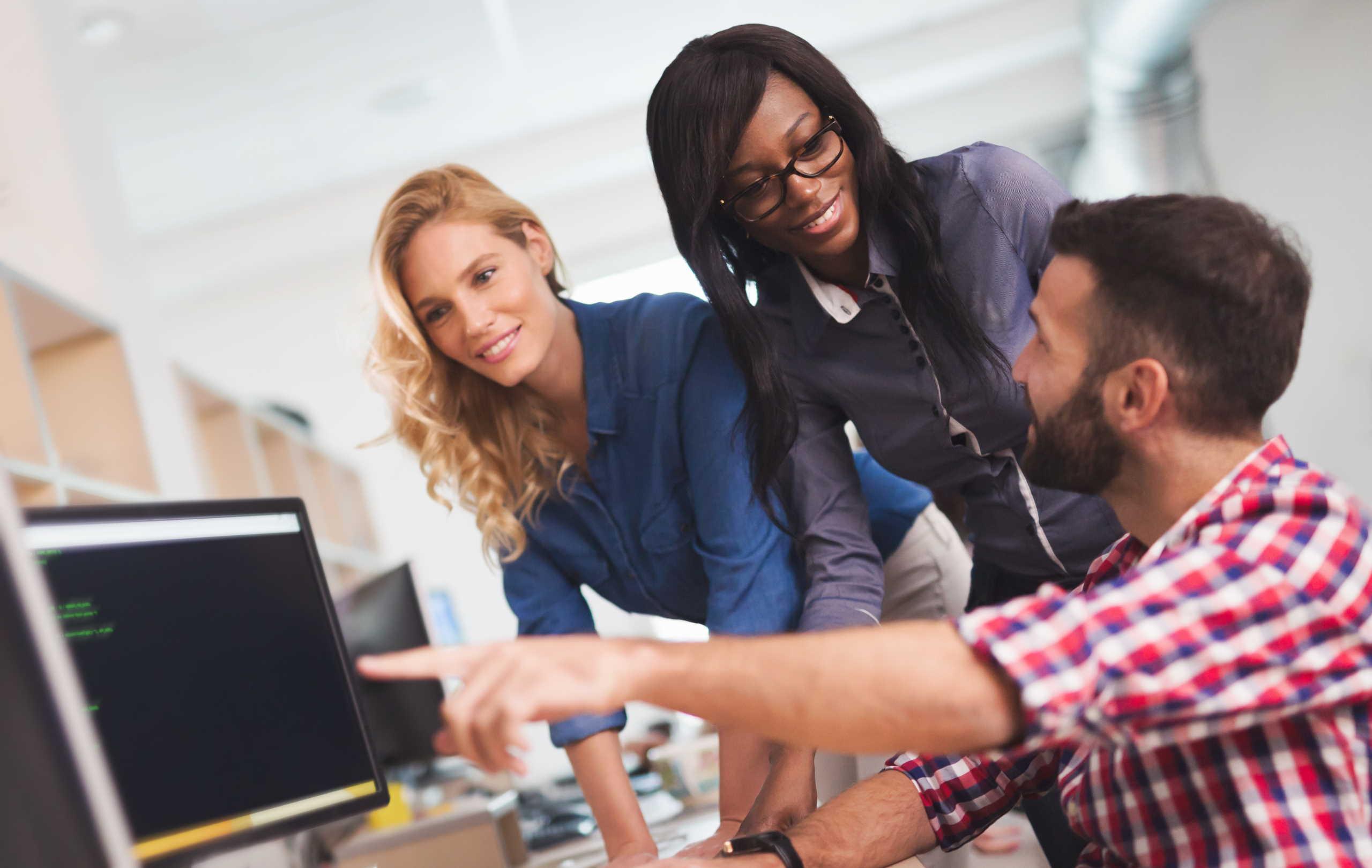 Bạn nên tham khảo các kinh nghiệm học tiếng Anh cho người mất gốc qua các phương pháp trực tuyến