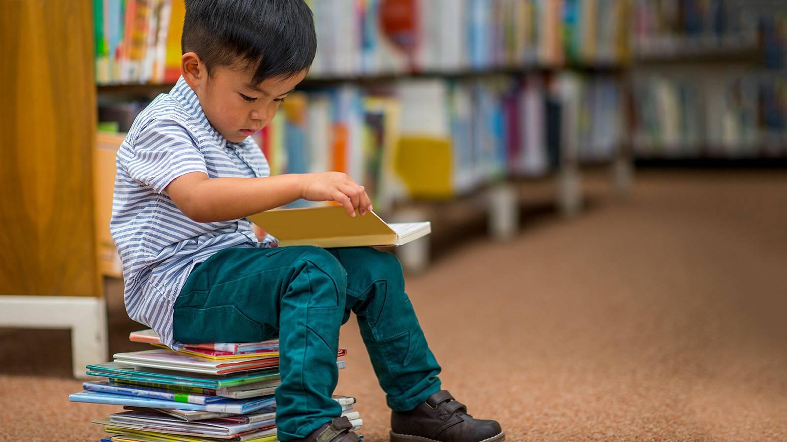 Cần cân nhắc một số yếu tố trước khi lựa chọn các chương trình học tiếng Anh cho bé