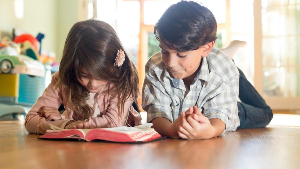 Có rất nhiều lợi ích khi cho trẻ học tiếng Anh trực tuyến