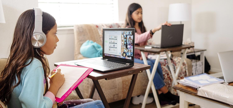 Kỹ năng Speaking hoàn toàn có thể được nâng cao và cải thiện qua các khóa học trực tuyến