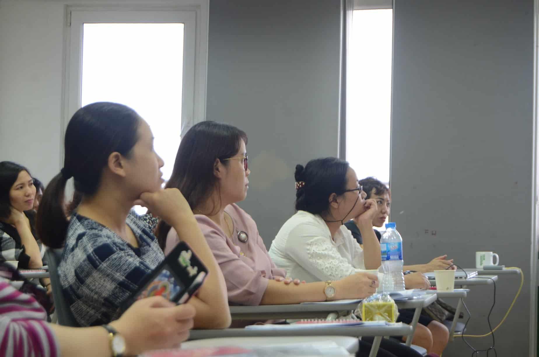 """Chùm ảnh Hội thảo giáo dục """"Cùng con chuẩn bị hành trang cho tương lai 4.0"""" tại Language Link Academic"""